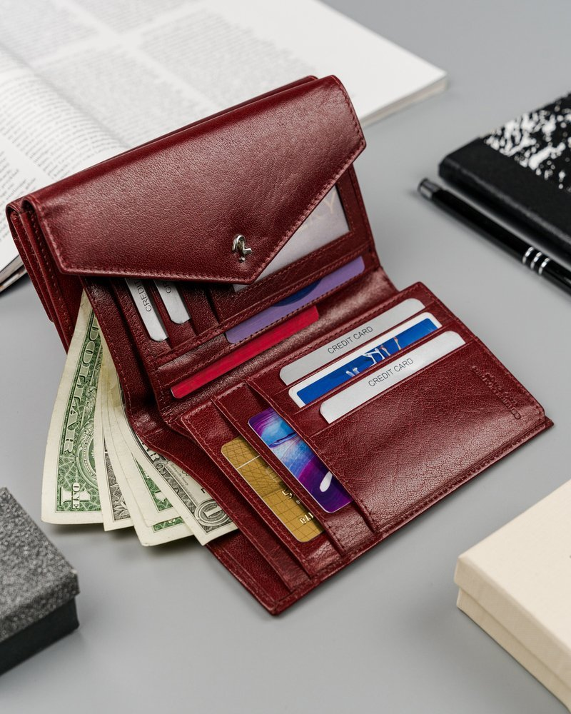 Klasowy portfel damski ze skóry naturalnej marki Rovicky®